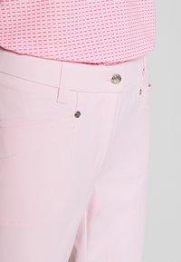 Daily Sports - LYRIC CAPRI - Pantaloncini 3/4 - pink - 3