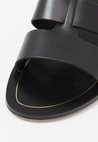 J.CREW - INTERLOCKING CYPRESS  - Mules - black - 2