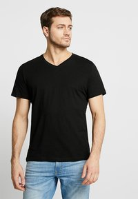 TOM TAILOR - 2 PACK - Basic T-shirt - black - 1