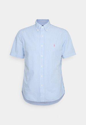 SEERSUCKER - Shirt - light blue