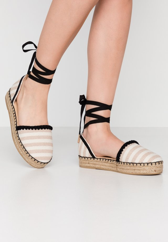 WIDE FIT FLORA - Espadrilles - natural