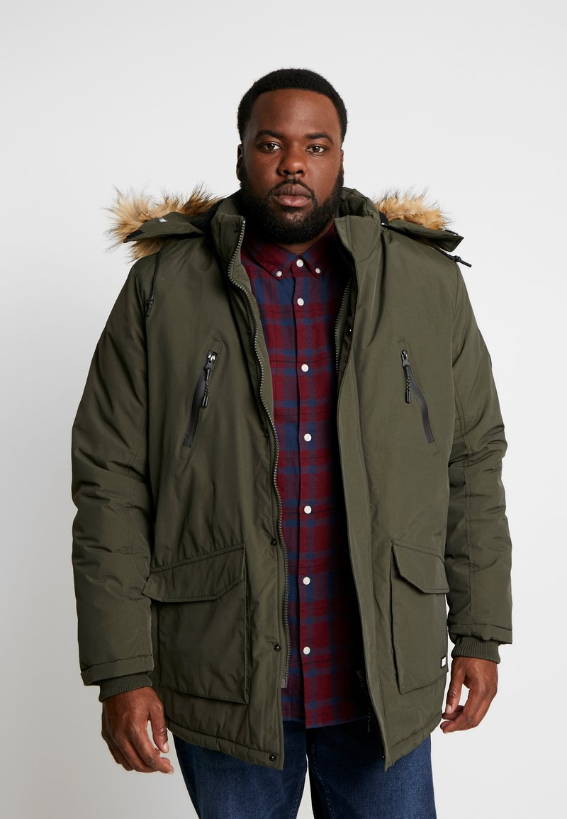 Cars Jeans - DEMSEY PLUS - Parka - army