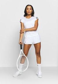 adidas Performance - CLUB - Sports shorts - white/silver/black - 1