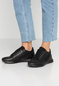 Geox - HIVER - Trainers - black - 0