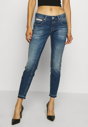 TOUCH CROPPED TOUCH - Slim fit jeans - mariana blue