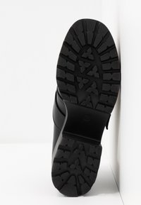 Koi Footwear - VEGAN - Escarpins à plateforme - black - 6