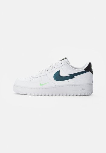 NIKE AIR FORCE LOW - Sneakers - white/aquamarine-lime glow-off noir