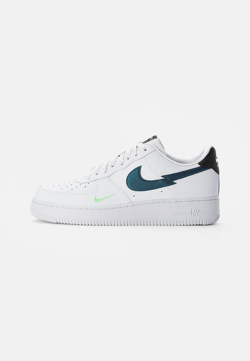 Nike Sportswear - NIKE AIR FORCE LOW - Sneakersy niskie - white/aquamarine-lime glow-off noir