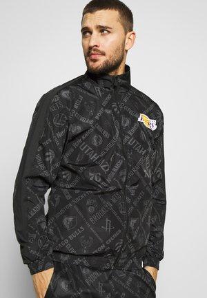 NBA TRACK JACKET LOS ANGELES LAKERS - Klubové oblečení - black