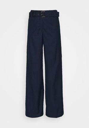 BELTED WIDE LEG TROUSERS - Trousers - true navy