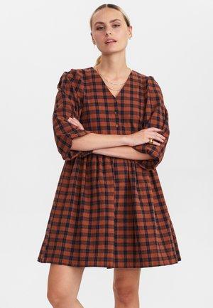 NUBELINE - Jersey dress - cathay spice