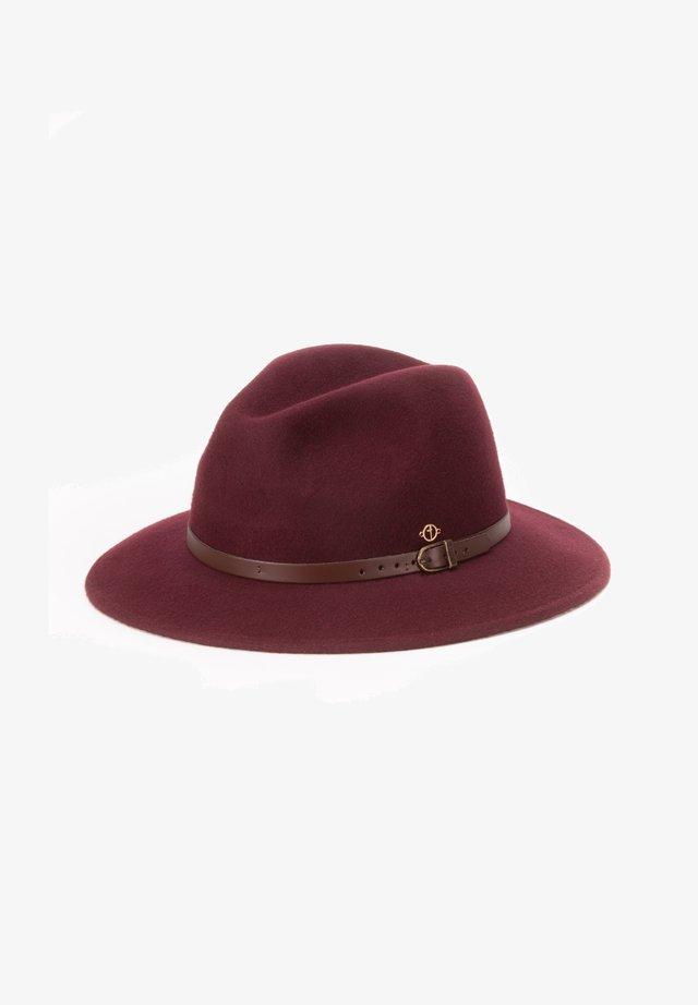 Hat - bordo