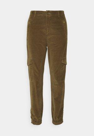 SEVENA - Cargo trousers - beech