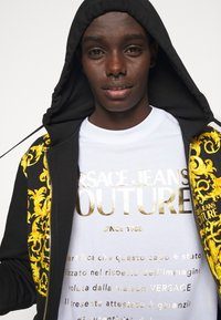 Versace Jeans Couture - MOUSE - Print T-shirt - white - 3