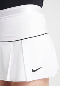 Nike Performance - VICTORY SKIRT - Sportovní sukně - white/black - 3