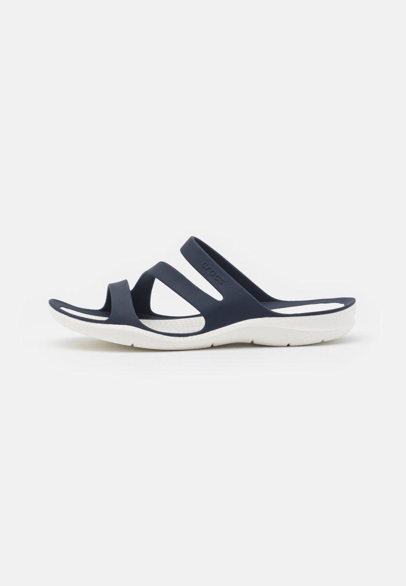 Crocs - SWIFTWATER - Chanclas de baño - navy/white