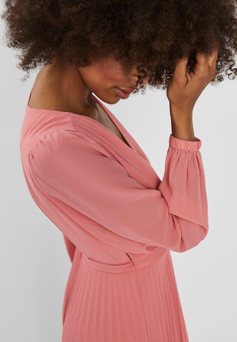 Vero Moda Vmlauren Wrap Dress Cocktailkleid Festliches Kleid Tea Rose Rosa Zalando De