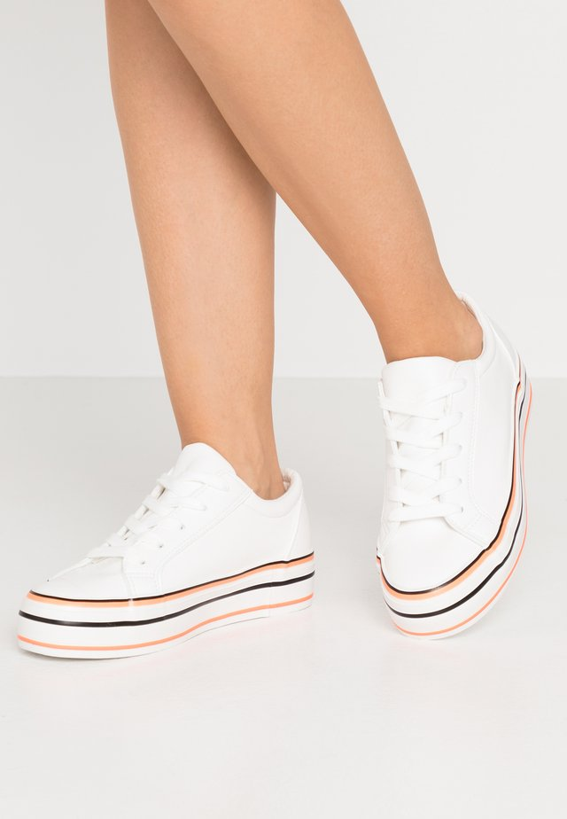 Zapatillas - white/coral