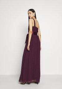 Dorothy Perkins Tall - SADIE SHOULDER MAXI DRESS - Suknia balowa - mulberry - 2