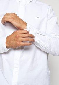 Calvin Klein - OXFORD - Shirt - white - 7