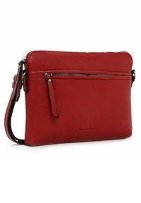 Emily & Noah - Across body bag - red - 3