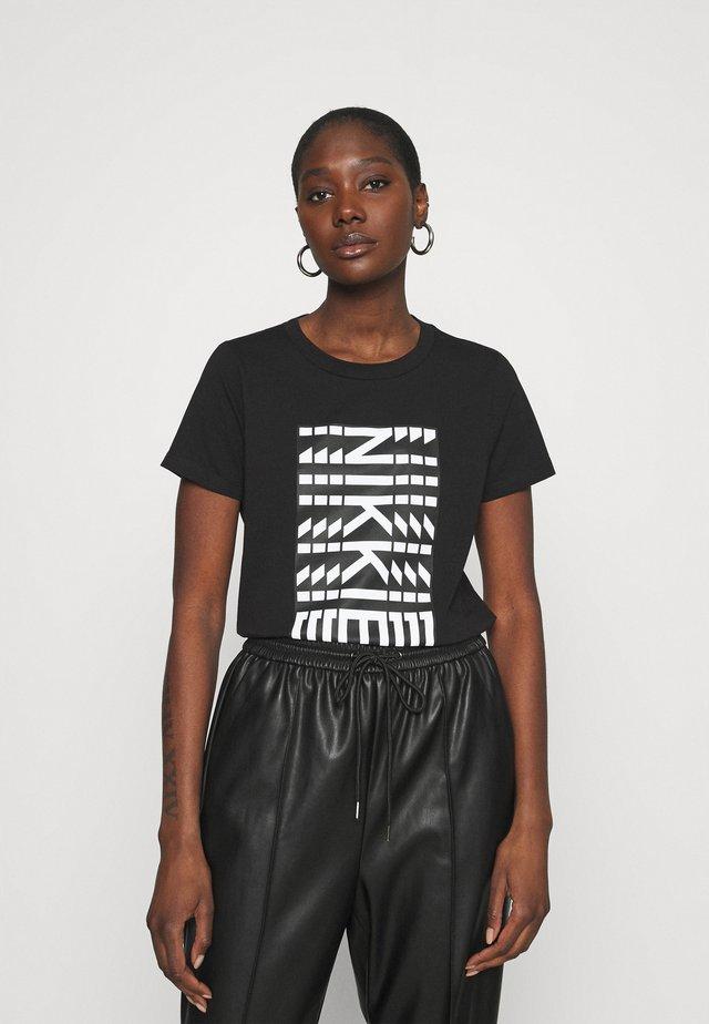 NEW NIKKIE - T-shirts print - black