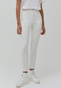 PULL&BEAR - Slim fit jeans - white - 0