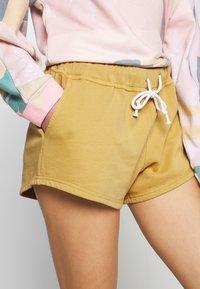 Rip Curl - ORGANIC SHORT - Pyjama bottoms - gold - 4