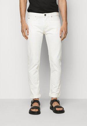 5 POCKETS PANT - Slim fit -farkut - white