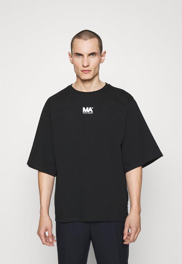 TEE - Basic T-shirt - black