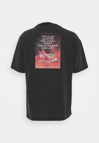 Converse - CHUCK TAYLOR WASHED ARCHIVE ONLY ONE TEE UNISEX - T-shirt imprimé - black - 1