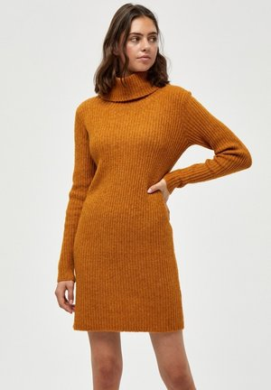GENIA - Jumper dress - buckthorn brown mel