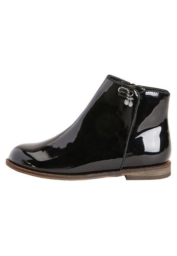 BLACK PATENT CHARM ANKLE BOOTS (OLDER)