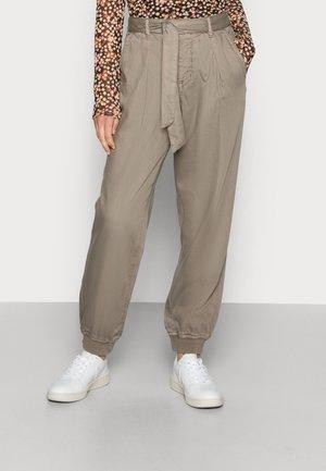 BODINA PANT - Trousers - brindle