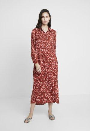 SLFPOPPY DRESS - Maxi-jurk - chili oil