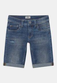Pepe Jeans - TRACKER - Short en jean - blue denim - 0