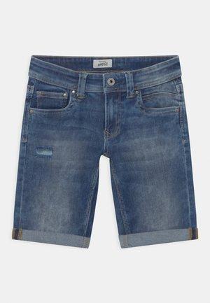 TRACKER - Shorts vaqueros - blue denim