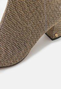 Kurt Geiger London - BURLINGTON - Ankle boots - beige - 4