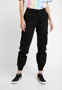 ONLY - ONLBETSY ALVA PANT - Cargo trousers - black - 0