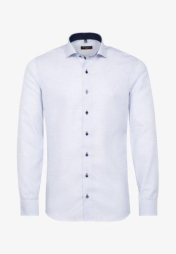 SLIM FIT - Košile - hellblau