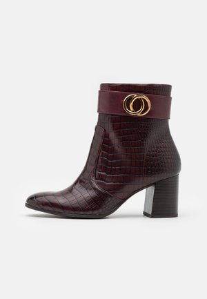 BOOTS - Classic ankle boots - merlot