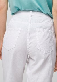 QS by s.Oliver - Trousers - white - 5