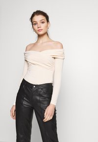Ivyrevel - CROSS FRONT LONG SLEEVE - Long sleeved top - natural - 0