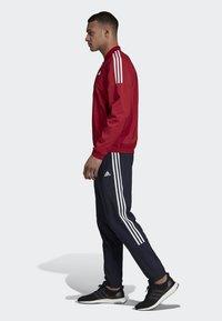 adidas Performance - LIGHT WOVEN TRACKSUIT - Träningsset - red - 3
