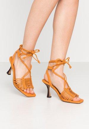 NORTH MACRAME ANKLE TIE - Sandals - orange