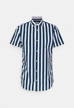 JJCHRIS - Overhemd - classic blue