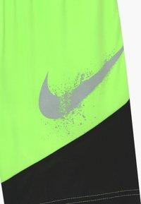 Nike Sportswear - DOMINATE - Sports shorts - ghost green - 3