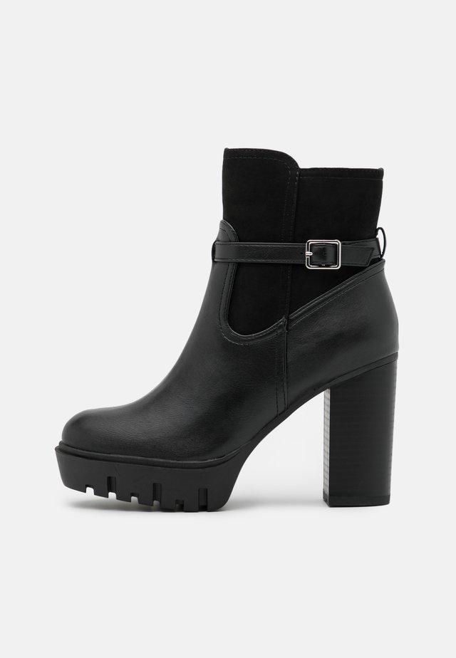 BONUS PLATFORM - Kotníkové boty na platformě - black
