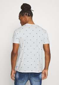 edc by Esprit - PALM - Print T-shirt - offwhite - 2