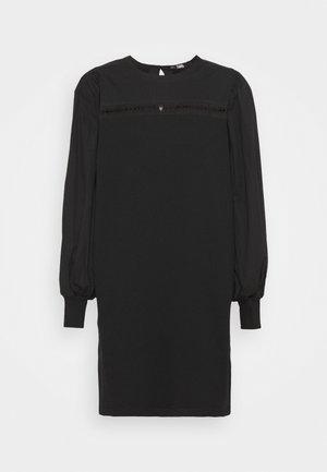 MIX DRESS - Vapaa-ajan mekko - black